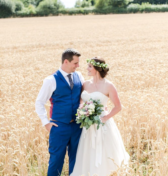 Andy and Hazel's Countryside Wedding - Stratton Court Barn, Oxfordshire