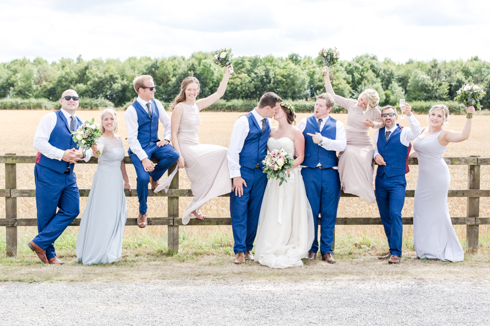 Andy and Hazel's Countryside Wedding – Stratton Court Barn, Oxfordshire